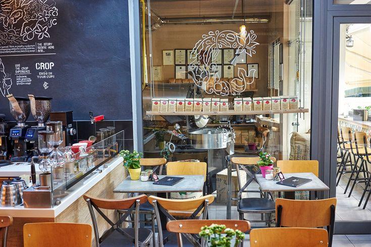Ο Βασίλης Δημαράς βρέθηκε για λίγες ώρες στο Ηράκλειο και δεν έχασε την ευκαιρία να επισκεφτεί ένα από τα καλύτερα καφέ του νησιού.