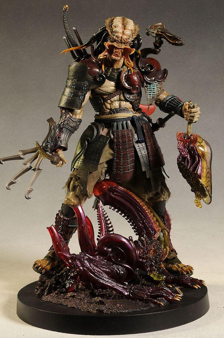 WOW... Samurai Predator from Hot Toys - view 1/2