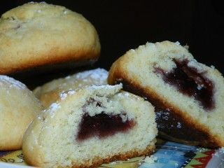 Make and share this Old Fashioned Raspberry Buns (Scottish) recipe from Food.com.