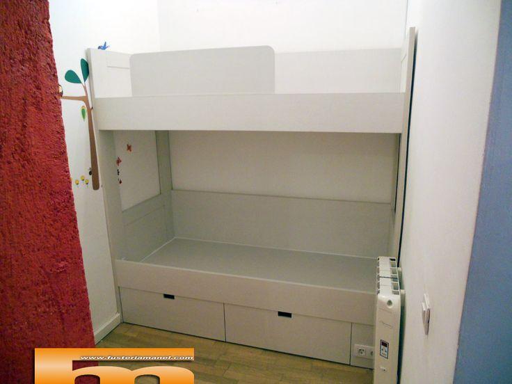 17 best images about camas altas armario on pinterest - 3 camas en poco espacio ...