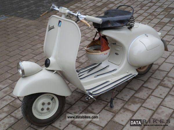 1954 Vespa  VM 125 Lamp Down Faro Basso Motorcycle Scooter photo
