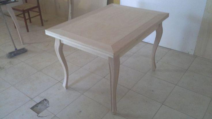 Oltre 25 fantastiche idee su legno grezzo su pinterest - Tavolo cucina legno grezzo ...