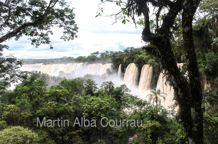 Bossetti Fall, Iguazú - Argentina. Fotografía: Martin Alba Courrau