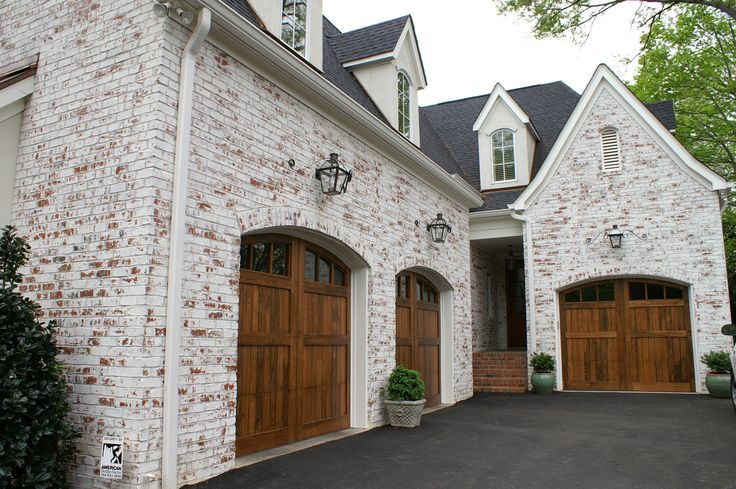 25 Best Ideas About Carriage House Garage On Pinterest