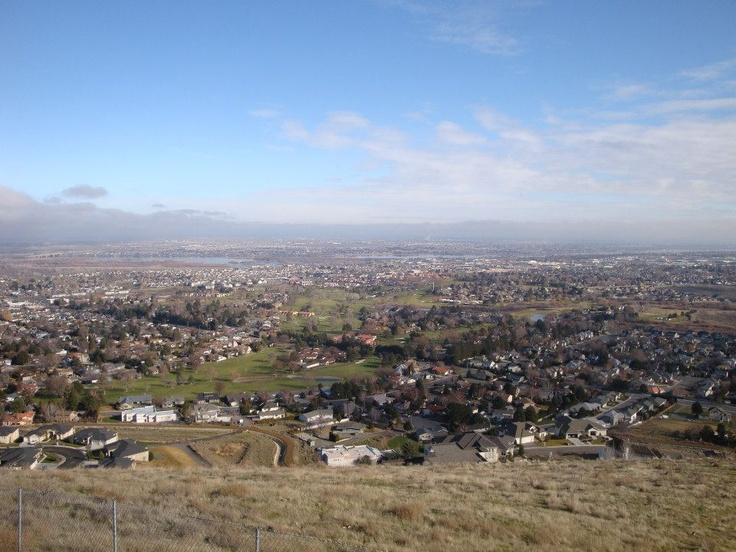 A view of Tri-Cities (Kennewick, Richland, Pasco) Washington