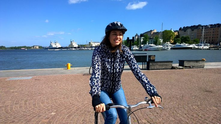 Self-guided cycle adventure in Helsinki:SUP boarding,high tree rope course, river kayaking