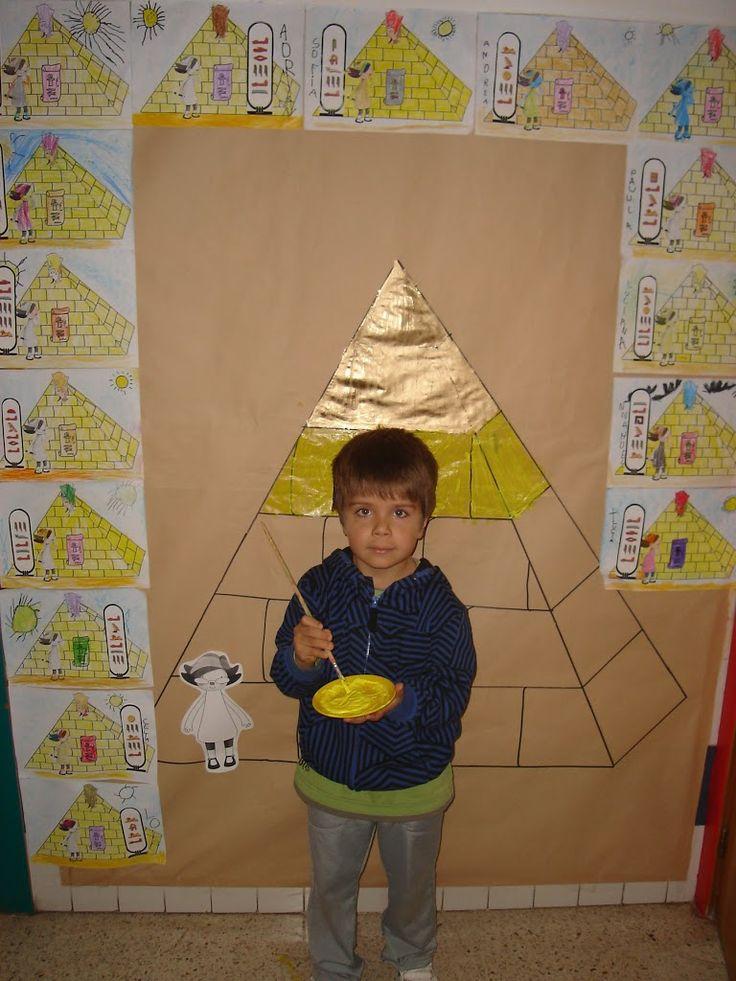 Actividad para niños de 5 años sobre las pirámides egipcias