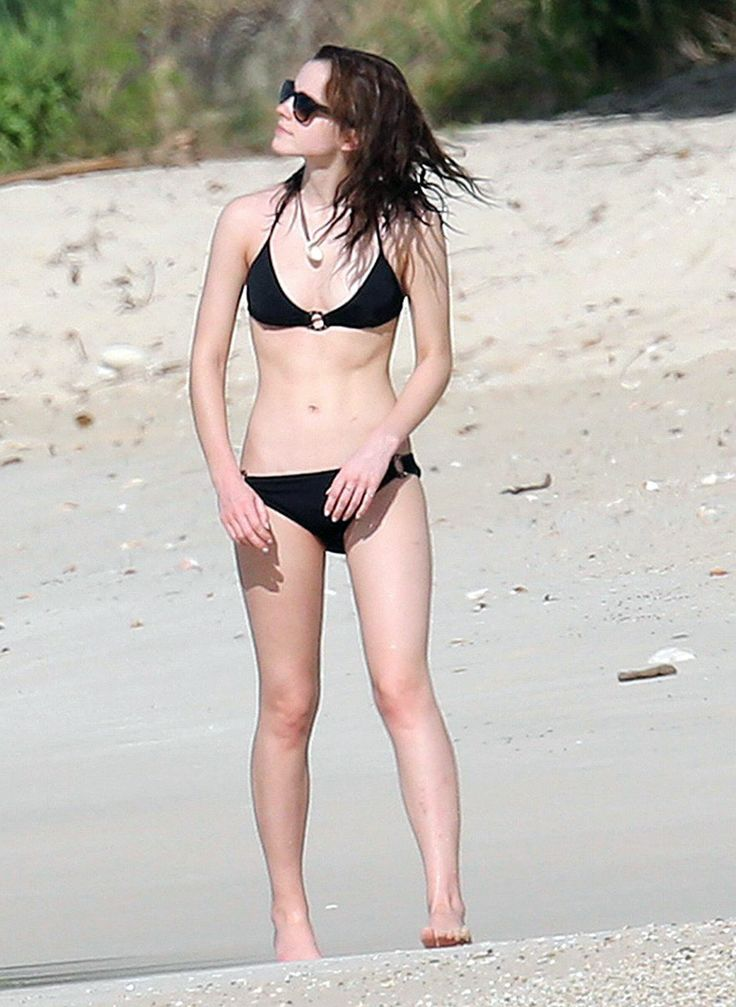 Emma wtson bikini pic