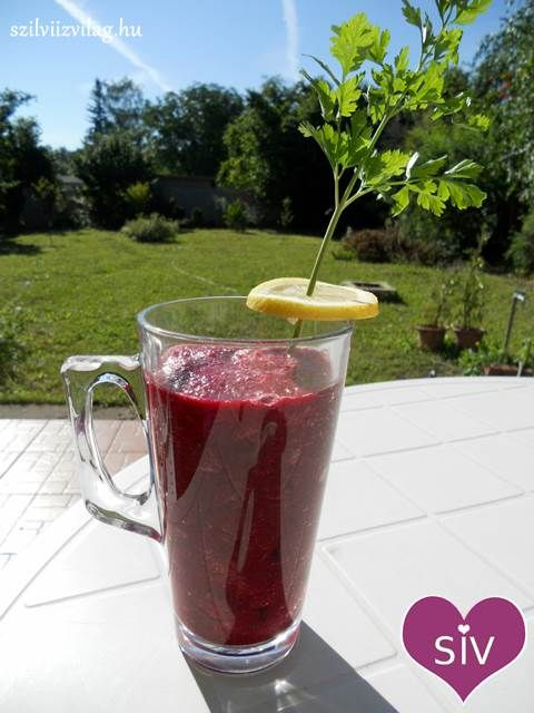 Paradicsom-uborka-cékla turmix (smoothie)