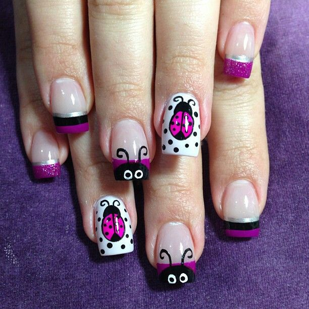 http://www.pinterest.com/dancethenight85/nail-and-toe-color-and-art/ Uñas