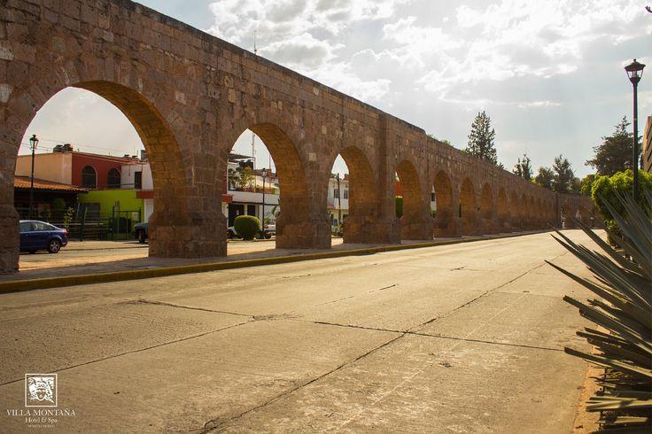 El hermoso acueducto de Morelia, algo imperdible en tu visita a la ciudad de la cantera rosa.   #HotelVillaMontaña #Morelia