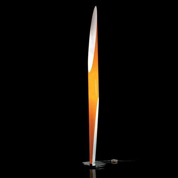 Kundalini - Lampada Shakti 200   Design: Marzio Rusconi Clerici   Materiali: Plexiglas e acciaio cromato   #design #lamp #webmobili #interiordesign #italiandesign   http://illuminazione.webmobili.it/
