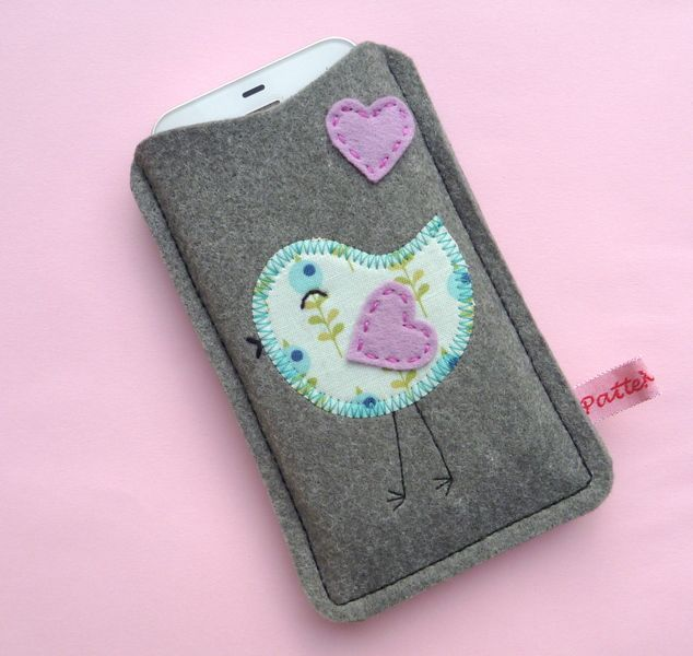 Handyhülle Filz Vogel Herz, Handytasche Smartphone von ☆ PatteMouille ☆ auf DaWanda.com