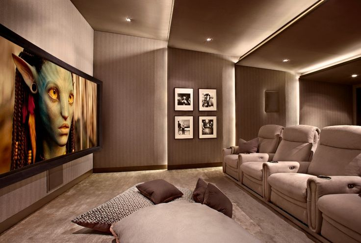 The cosy, luxurious #cinema room features the best audio-visual systems | #mediaroom #hometheatre