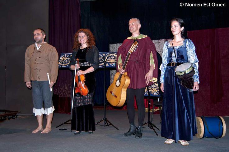 Muzica ocupa un important rol în piesele de teatru ale lui Shakespeare.