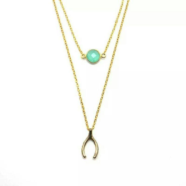 Collares nuevos que ya puedes encontrar en nuestra tienda online  www.byneskapolita.com  además de rebajas de hasta el 35% en la colección de invierno... te esperamos!!