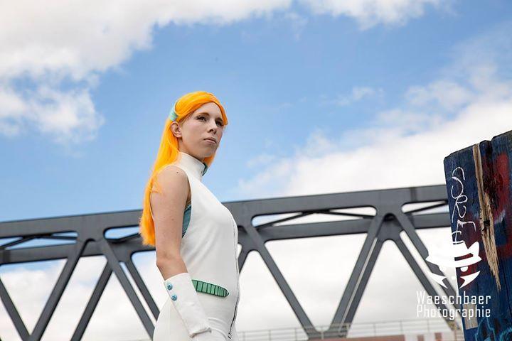 Thema: Cosplay #Deponia Model Goal: @Traveling Tine http://ift.tt/2l0RJjd Fotograf: Waeschbaer Photographie Helfer: Carlos #schnabeltier #waeschbaer #goal #tine #travelingtine #deponia #rufus #anna #annainwonderland #cosplay #pümpel #hamburg #verweis #daedalic