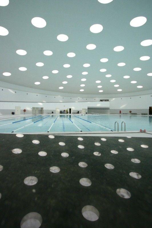 Galeria de Clássicos da Arquitetura: Centro esportivo Llobregat / Álvaro Siza Vieira - 14