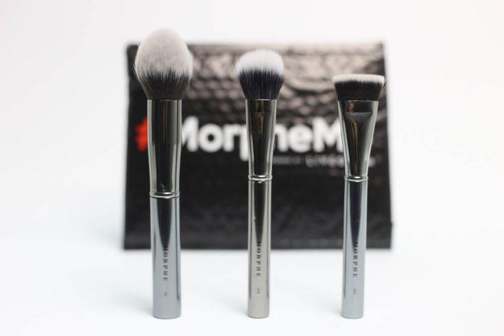 MorpheMe Brush Club Review January 2018 https://www.ayearofboxes.com/subscription-box-reviews/morpheme-brush-club-by-liveglam-review-january-2018/