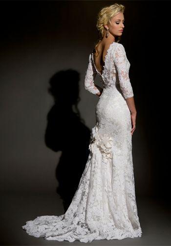 #wedding #dress #low back http://www.theknot.com/wedding-dress/eugenia-gowns/3808?src=par