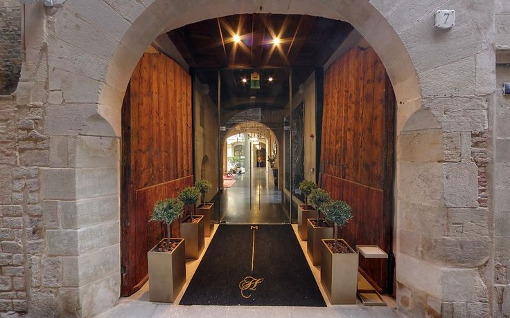 Historical Heritage Meets Contemporary Design in Mercer Hotel, Barcelona