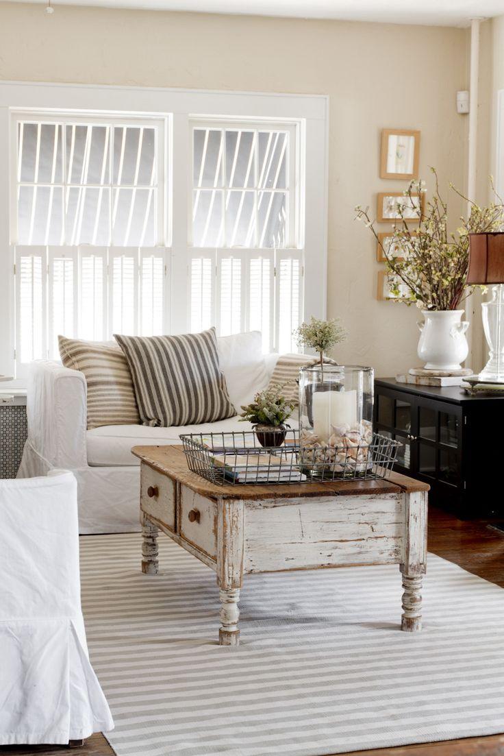 vintage chic living room for the home pinterest. Black Bedroom Furniture Sets. Home Design Ideas