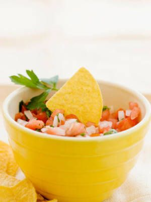 8 Sneaky Ways to Eat Healthy: Make Your Own Salsa