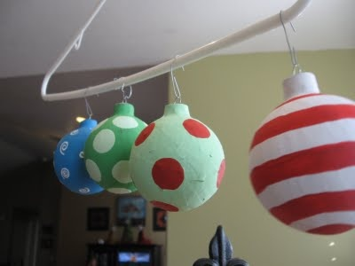 How to make Dr. Seuss ornaments :) to go on garland to decorate