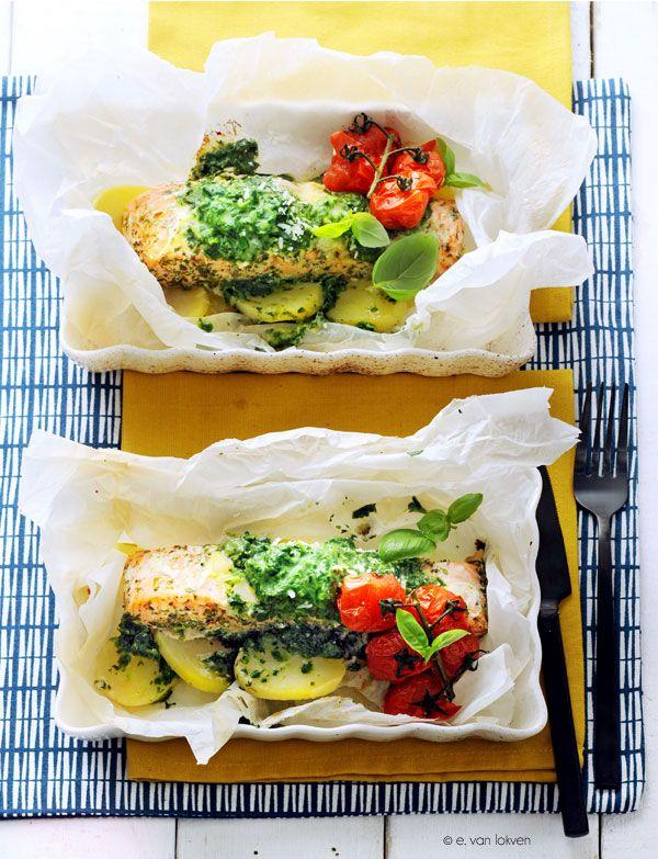 Spinazie-zalmpakketjes uit de oven
