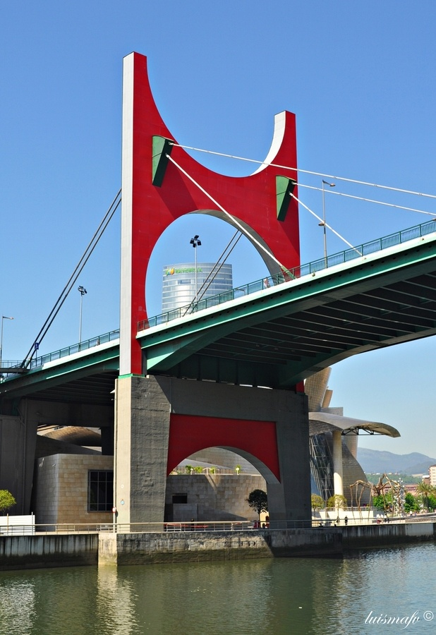 Bridge - Bilbao (Bizkaia), Basque Country, Spain;  photo by Luisma Fernandez, via 500px