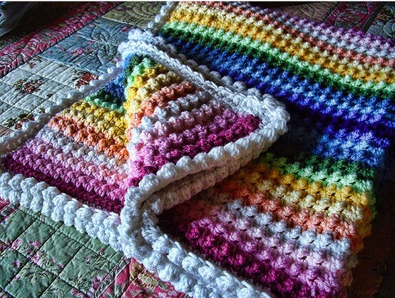Knitted Popcorn Stitch Afghan :
