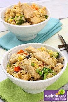 Healthy Chicken Recipes: Chicken Fried Rice. #HealthyRecipes #DietRecipes #WeightlossRecipes weightloss.com.au