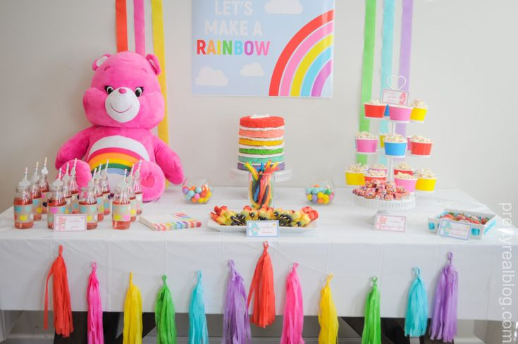 Moms of the '80s, we know you're loving this Care Bears party decor just as much as your kids!