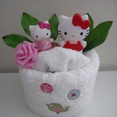 la baby shower de maman g teau de serviettes pour petite fille hello baby g teau de. Black Bedroom Furniture Sets. Home Design Ideas