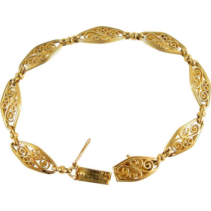 Elegant French estate 1910s gold Bracelet, original Art Nouveau stamped 18K solid gold filigree jewelry