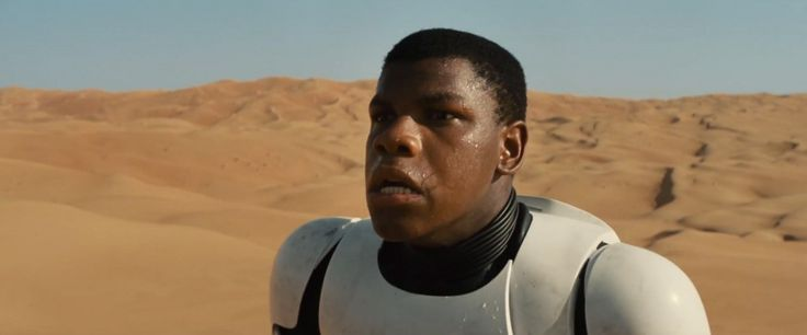 Many rumors have surfaced regarding who exactly was that talking in the 'Star Wars: The Force Awakens' trailer. Well, we finally have a definitive answer.