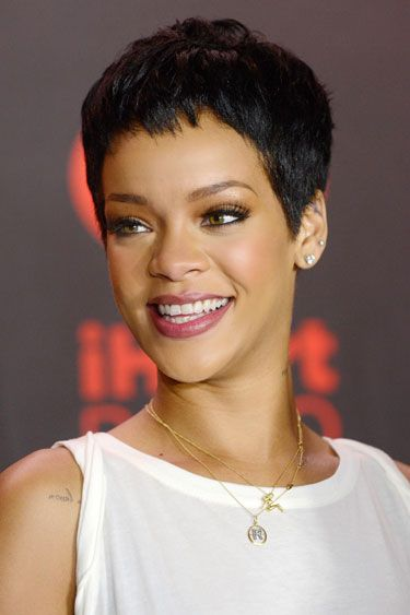 I loved Rihanna's short hair cuts !