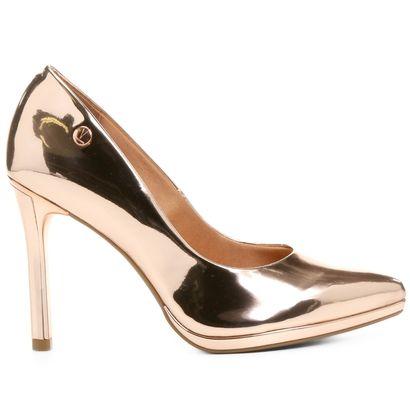 Compre Scarpin Vizzano Bico Fino Meia Pata Metalizado Bronze na Zattini a nova loja de moda online da Netshoes. Encontre Sapatos, Sandálias, Bolsas e Acessórios. Clique e Confira!