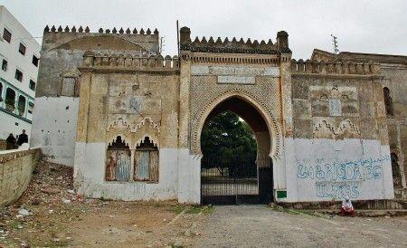 Puerta de la antigua kasba de la Medina de Tetuán