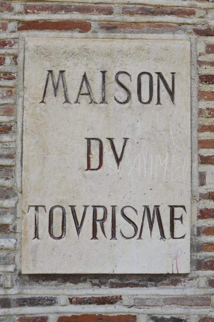 MAISON DU TOURISME / OFFICE DU TOURISME - Découvrir Toulouse sous toutes ses coutures, c'est possible avec les nombreuses visites organisées par l'office de tourisme de la ville.