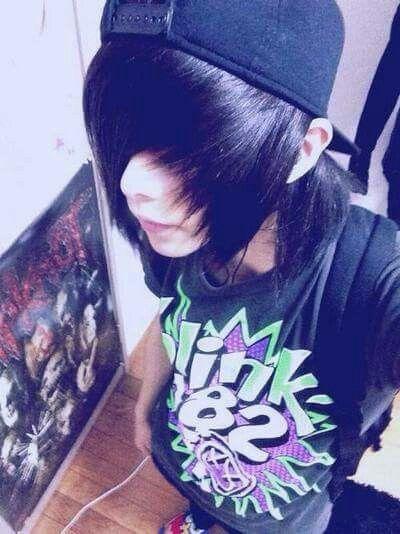 Their hair matches - #Hair #matches #their | Chicos emo