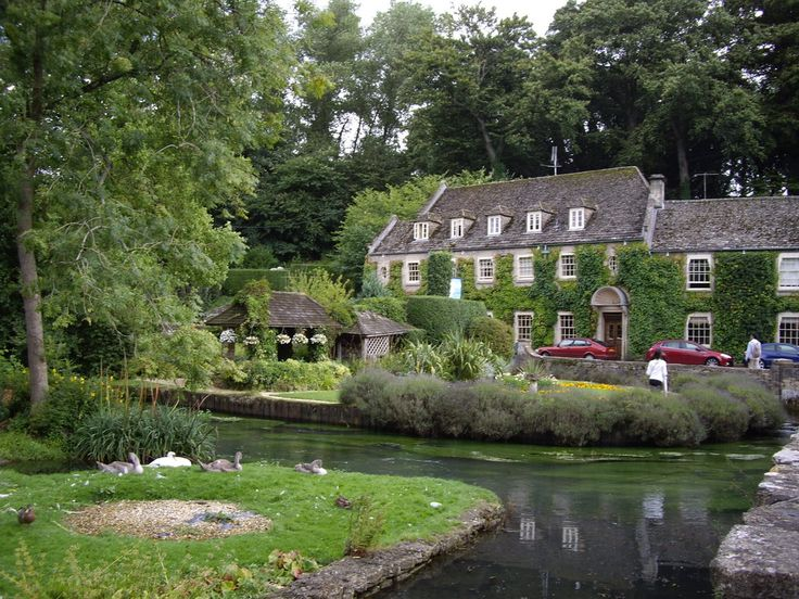 Cotswolds Tourism: TripAdvisor has 341,669 reviews of Cotswolds Hotels, Attractions, and Restaurants making it your best Cotswolds resource.