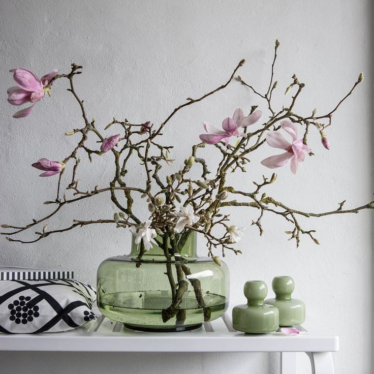 Flower and Urna vases by Marianne Jacobsen (@_mariannejacobsen_) Shop online @ boltofcloth.com #green #glass #vase #style #floral #calm #serene #design #marimekko