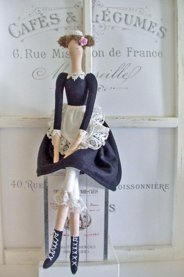 Pretty French Waitress Tilda