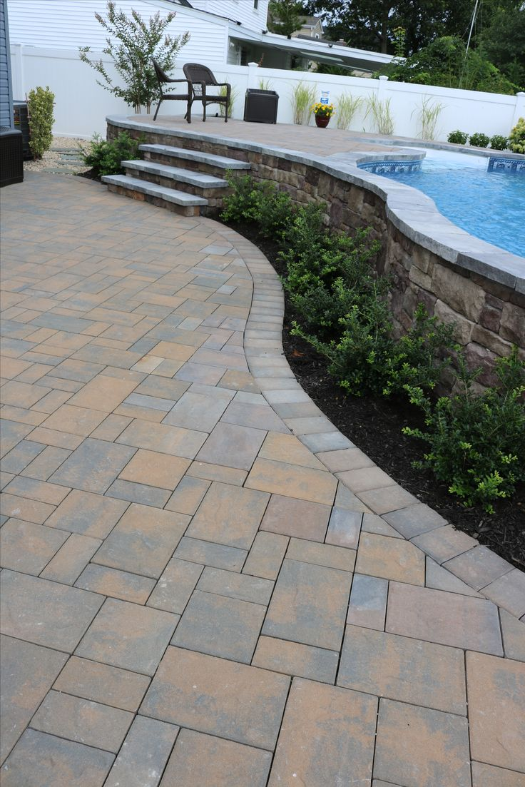 Cambridge pavingstones wall systems color options - Contrast Your Landscaping With Pavers Click The Picture To Learn More About What Cambridge Pavers