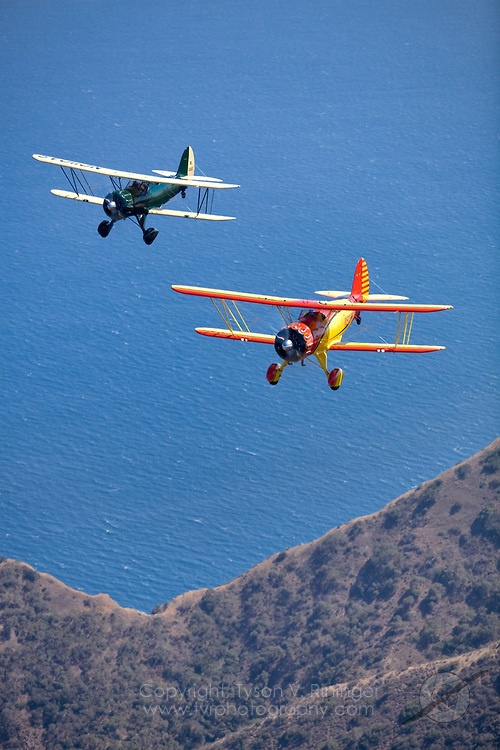 Photoshoot for PilotMag Magazine of two Waco Biplanes over