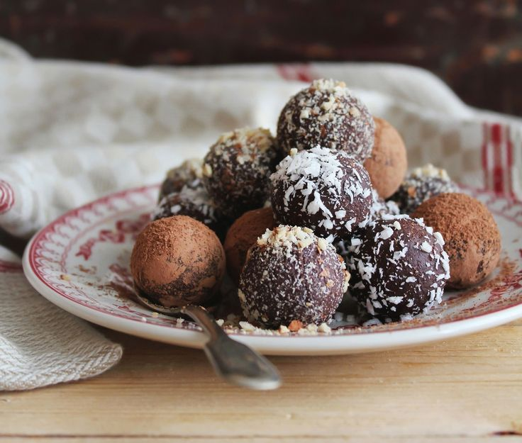 Choc Orange, Turmeric and Cinnamon Bliss Balls