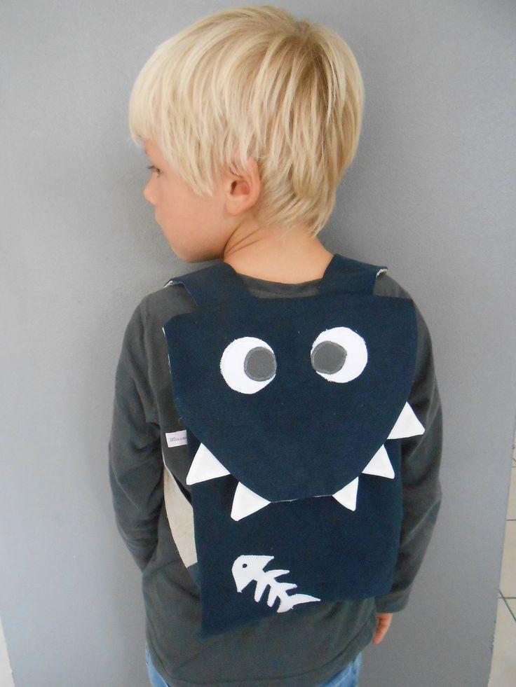 """Sac à dos enfant """"Augustin le requin"""" , sac d'école , sac à goûter animaux rigolos en coton"""