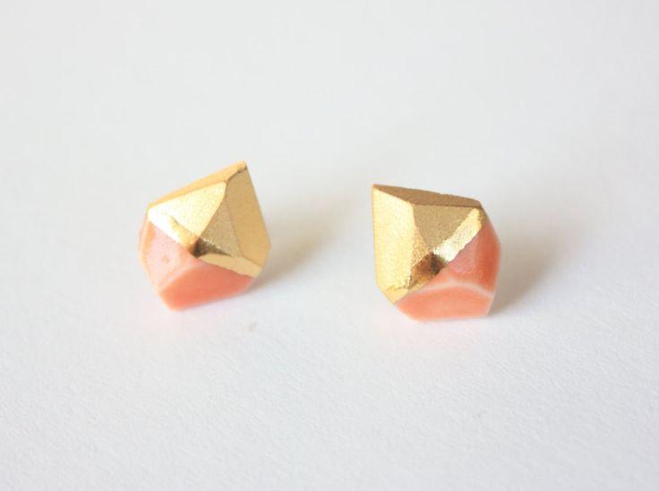 Ohrringe - Ohrstecker aus Porzellan mit Gold Koralle  mit Schmuckteller…