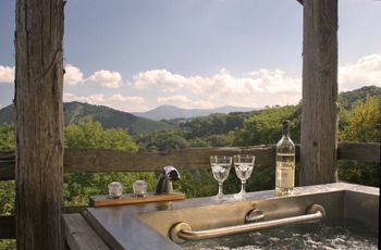 """The Swag"" -Waynesville, NC.... Top Smoky Mountain Cabin Rentals - ResortsandLodges.com. Hidden away in the legend of North Carolina's Great Smoky Mountains, this 250-acre mountain top inn sits on the western edge of Great Smoky Mountains National Park. This old mountain manor exudes an older-era ambiance that harkens back to the age of gold-rush dreams. Private cabins that would make ...read more"
